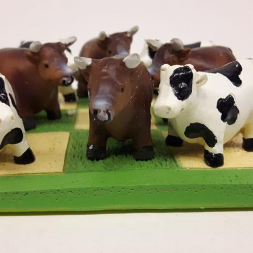 Spel tic tac toe met koeien
