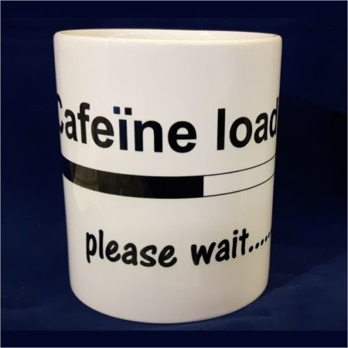 Witte koffiemok Caffeine loading please wait