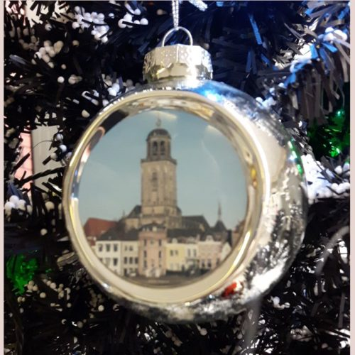 Deventer kerstbal skyline zilver