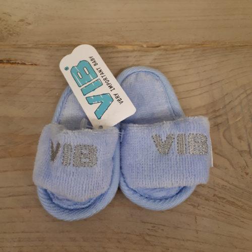 VIB baby slippers in blauw met grijze opdruk