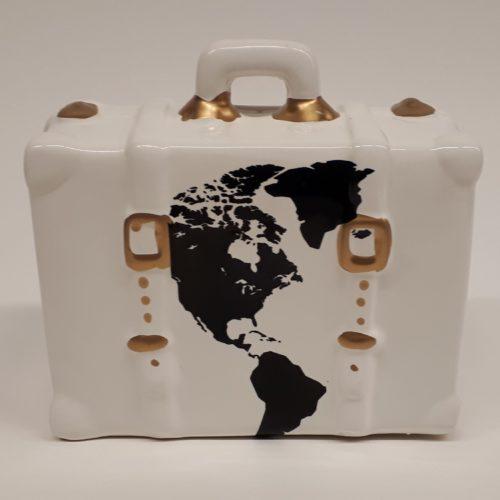 vakantie spaarpot witte koffer met wereldkaar