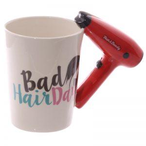 Mok met haardroger als oor Bad hair day