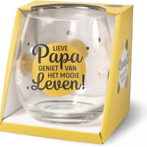 Water- wijnglas met tekst Lieve papa geniet van het mooie leven
