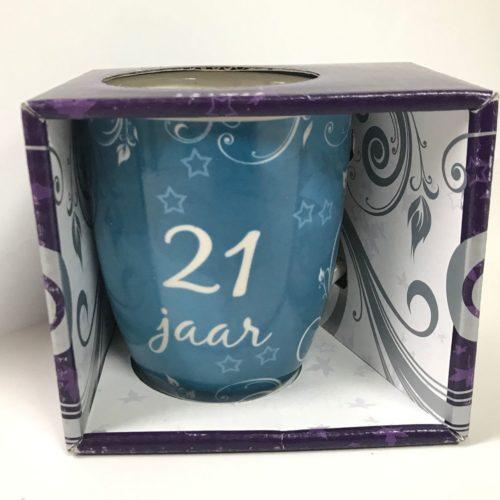 Mok verjaardag 21 jaar in nette geschenkverpakking