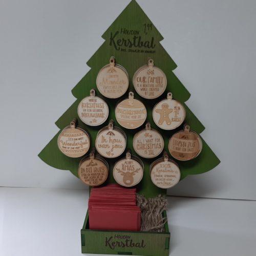 Display kerstboom 107x houten kerstballen met spreuk