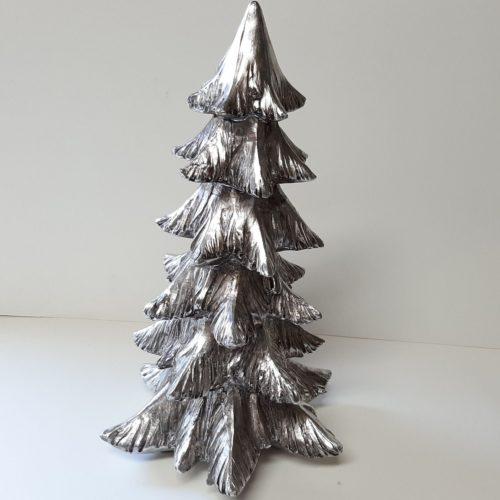 Zilverkleurige kerstboom 28 cm hoog