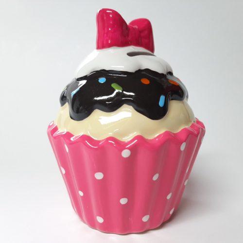 Spaarpot Sundae ijscup type B roze cup witte stippen, geel ijs, bruine topping en roze strik