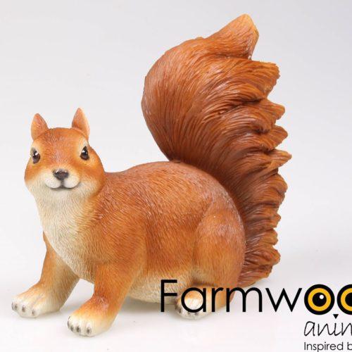 Beeldje eekhoorn van Farmwood
