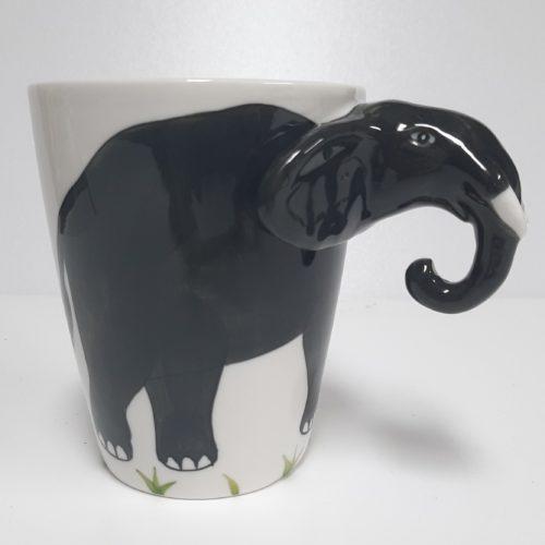 Mok 3D met oor als olifant kop en slurf