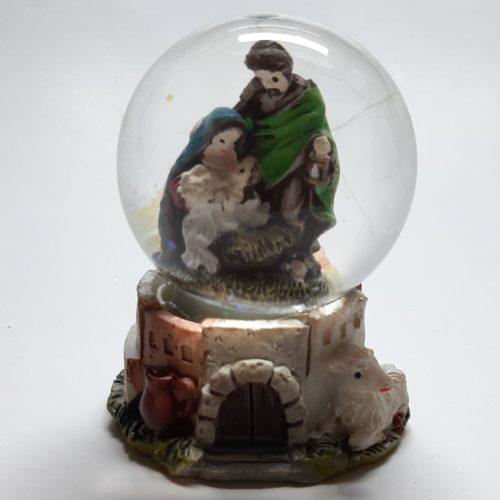 Schudbol kerst met Jozef Maria en het kindeke Jezus