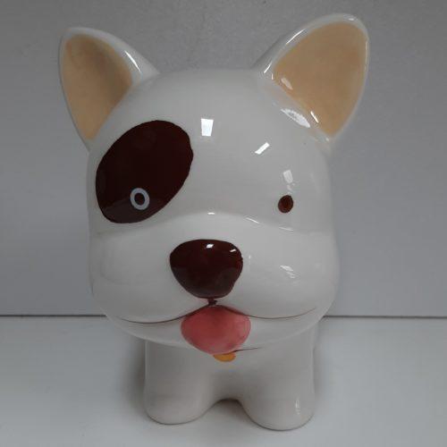Spaarpot witte hond met creme oortjes en bruine vlek bij het oog
